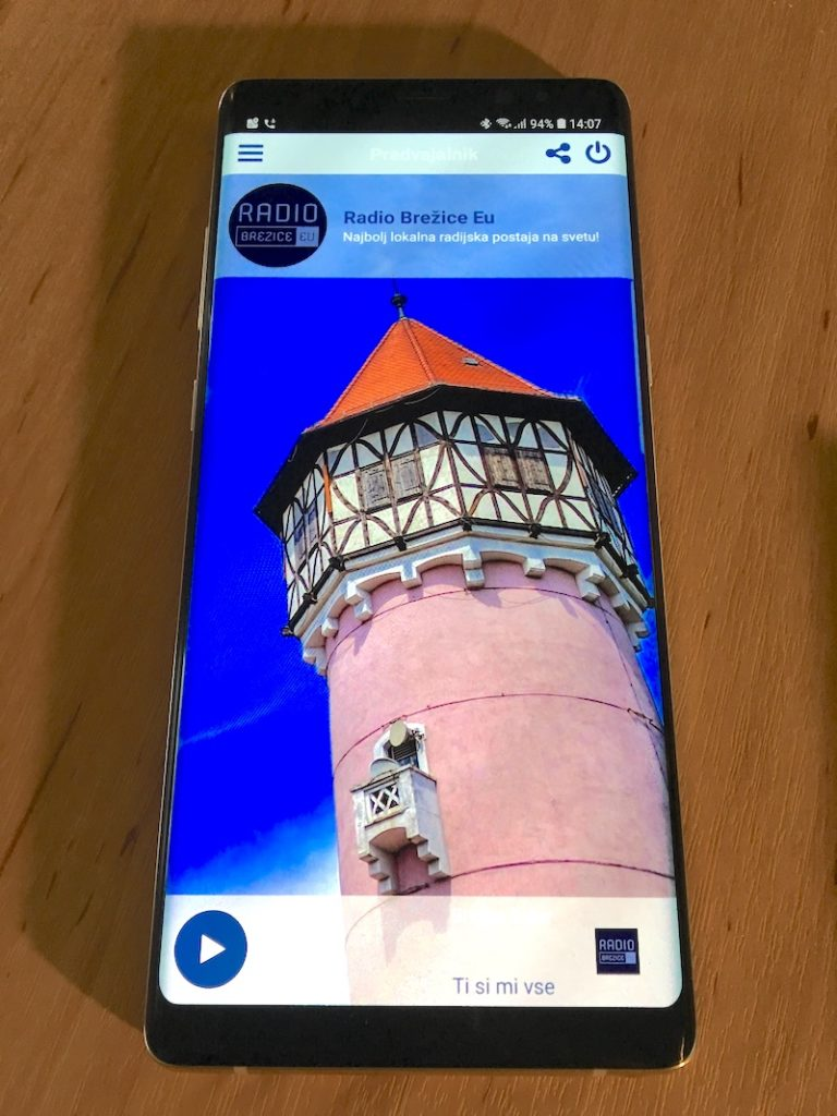 Kliknite za prenos Android aplikacije Radio Brežice Eu.